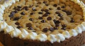 Sugar Sisters Cookie Cake